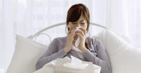 Частое чихание по утрам: причины