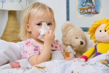 Стоит ли с насморком находиться ребенку в детском саду