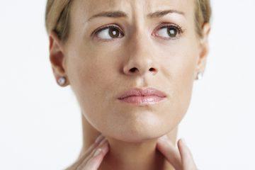 Как проявляется стоматит в горле и как лечить это заболевание?