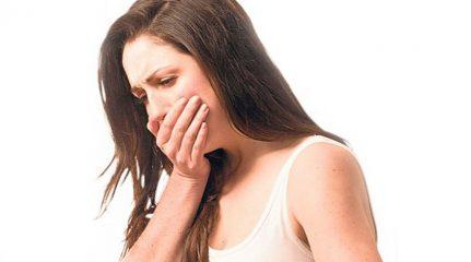Почему у взрослого человека возникает рвота с температурой?
