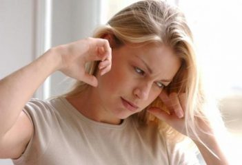 Чувство давления в ушах: причины и лечение