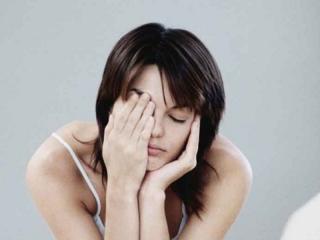 Почему при простуде глаза болят и слезятся?