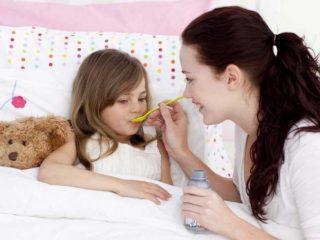 Бухающий кашель у ребенка, чем лечить?