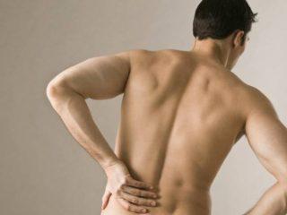 Болит спина под ребрами: слева и справа