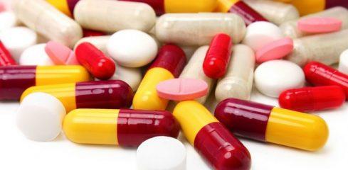 Разбираемся в проблеме: можно ли одновременно принимать противовирусные и антибиотики?