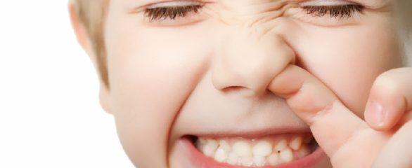 Признаки инородного тела в носу у ребенка и правильное удаление предмета