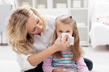 Почему появляются зеленые сопли с запахом у ребенка и взрослого? Симптомы и тактика лечения бактериального ринита