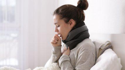 Может ли возникать кашель при ангине или после болезни? Ответы на волнующие вопросы и тактика лечения