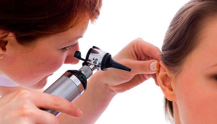 Заложенность уха без боли причины и лечение