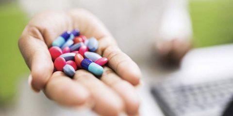 Как выбрать антибиотики при фарингите у взрослых и детей? Названия препаратов
