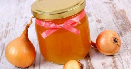Как использовать от кашля лук с медом? Самые полезные рецепты