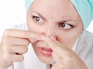 Почему возникает прыщ на носу? Как лечить эту проблему лекарствами и народными средствами?