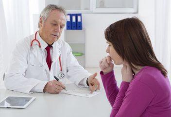 Почему после пневмонии остался кашель: причины и методы лечения