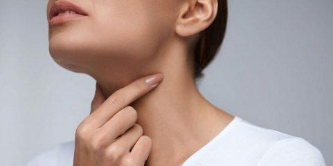 Почему чешется горло изнутри и хочется кашлять? Распространенные причины и тактика лечения